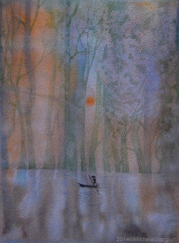 Barcaiolo su lago lilla con bosco e sole al tramonto